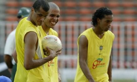 Ronaldo, Rivaldo e Ronaldinho penta